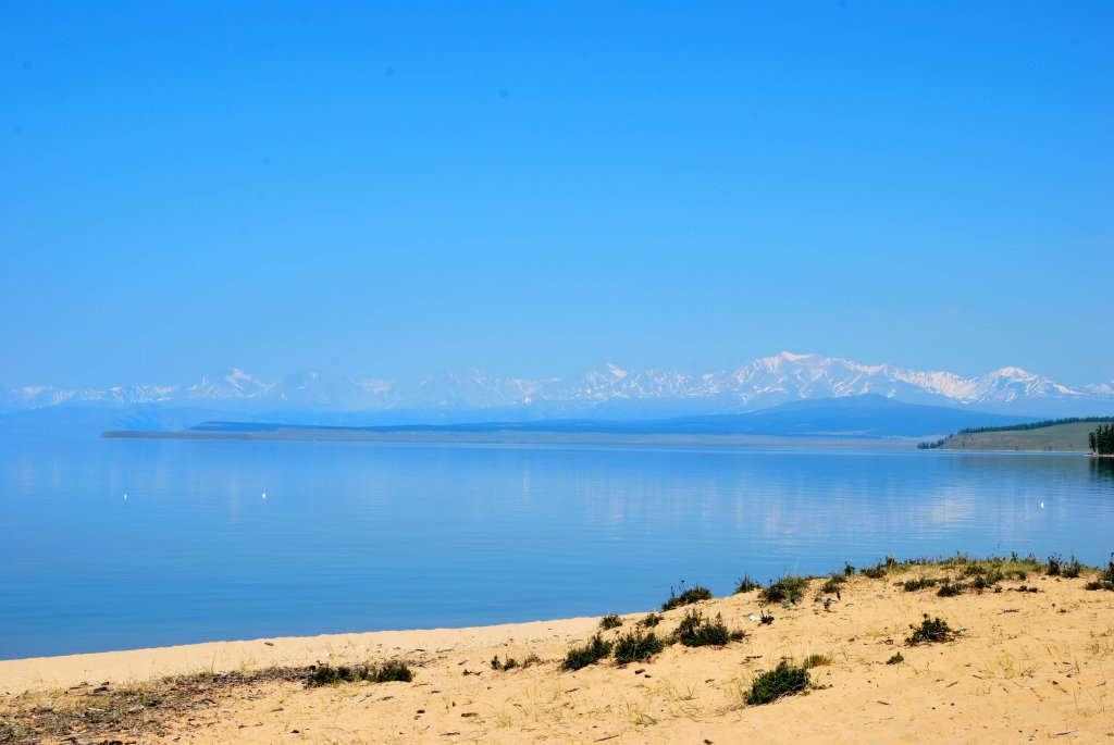 Хубсугул. Синяя вод и жёлтый песок